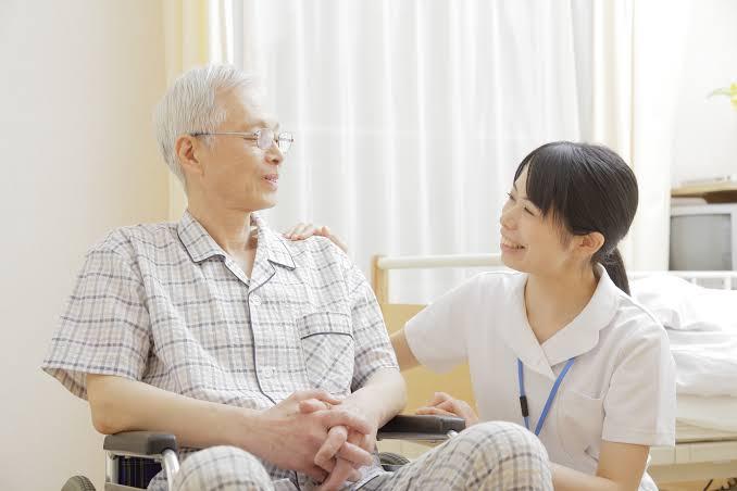 """「お年寄り 看護師」の画像検索結果"""""""