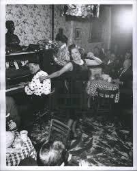 1962 Press Photo speakeasy singer Marion Murray tune Roaring Twenties |  Historic Images
