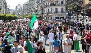 Entre les erreurs du Hirak et l'intransigeance du pouvoir , L'Algérie se  cherche une voie – ABN