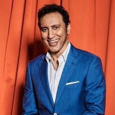 Aasif Mandvi: 'I saw a Ukrainian comedian who made me pee my pants ...