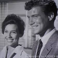 Jacqueline Beer as 'Suzanne' and Roger Smith as 'Jeff Spencer' 77 SUNSET  STRIP (1959) | Sunset strip, Roger smith, Tv series