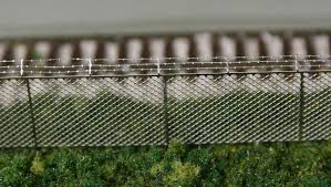 What Do You Use For Chainlink Fence Trainboard Com The Internet S Original