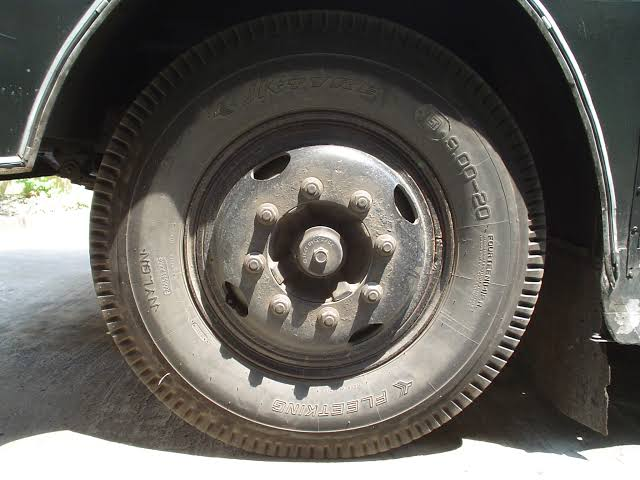"""Image result for bus-wheels"""""""