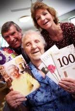 Ex-nurse marks big day in hospital | Oxford Mail