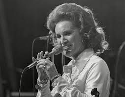 Jan Howard, Grand Ole Opry Legend, Dead ...