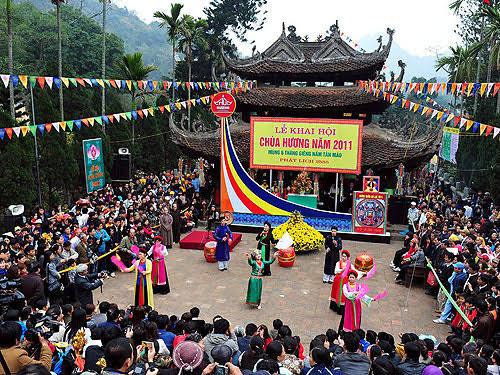 """Image result for perfume festival vietnam"""""""