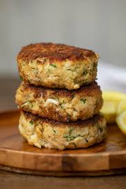 Crab Cakes (Minimal Breading & So EASY ...