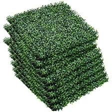 Amazon Com Giantex Artificial Privacy Fence Screen Boxwood Milan Leaf Grass Hedge Panels Mat Indoor Outdoor Topiary Decorative Fake Plant Wall 20 X20 12 Pcs Boxwood Panels Garden Outdoor