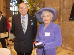 Starter Packs volunteer receives recognition from the Queen