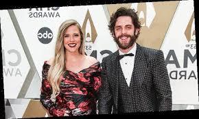 Thomas Rhett's Kids Willa Gray, 4, & Ada James, 2, Make Adorable Red Carpet  Debut At CMA Awards - Hot World Report