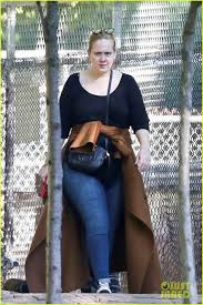 Full Sized Photo of adele visits the zoo during her day off in toronto 05    Photo 3780262   Just Jared