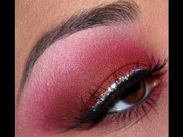 how to apply red eyeshadow with glitter