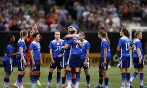 Abby Wambach bows out for the last time, literally drops the mic twice    For The Win