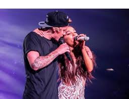 Justin Bieber's Performance With Ariana Grande: The Reason He ...