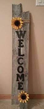 Weathered Welcome Sign I Made From Repurposed Fencing Barn Wood Crafts Picket Fence Crafts Diy Wood Signs