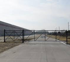 How To Install A Chain Link Sliding Gate American Fence Company Of Cedar Rapids Ia