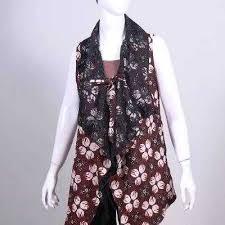 Model baju batik kombinasi menggunakan kain polos, sifon, bolero, embos, dan brokat. Ide Top 48 Gambar Baju Batik Rompi Panjang