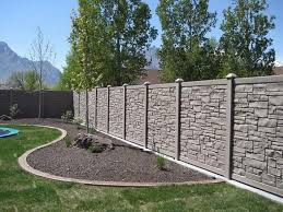 20 Marvelous Stone Fence Design Ideas For Front Yard Designerjewelry Gardeningtips Gardenfence Fence Design Front Yard Stone Fence