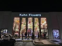 kuhn flowers windows display