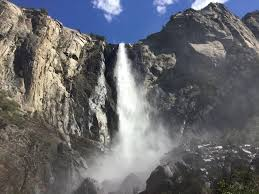 bridalveil falls yosemite national