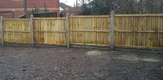 Concreting Fence Posts And Keeping Them Level And Inline Diy Doctor