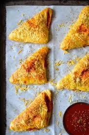 cheesy en pizza pockets just a taste