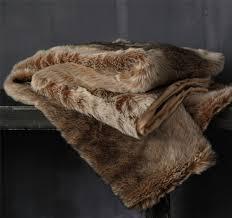 snug faux fur 150x180cm throw rug caramel