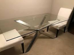 z gallerie mesa de comedor de vidrio