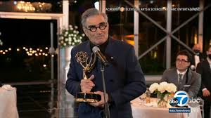2020 Emmys: 'Schitt's Creek' dominates with comedy category sweep at Emmy  Awards on ABC - ABC7 Los Angeles