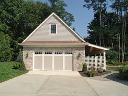 Great Idea For Detached Garage Use Privacy Fencing Lattice That Allows Open Feeling Garage Plans Detached Garage Plans Detached Garage