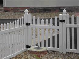 Scalloped Picket Fence Matching Gate 1200 Wide X 900mm