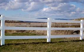 500 Ft Complete Solid 3 Rail Ranch Pvc Vinyl Fencing Package Three Rail Fence Vinyl Fence Front Courtyard Rail Fence