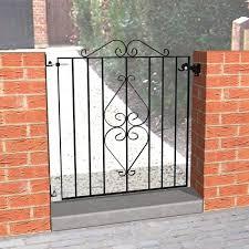 single metal gate kudos fencing