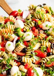 EASY Pasta Salad Recipe with Italian ...