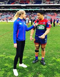 "Alissa Smith on Twitter: ""🔵🔴 WHAT A KNIGHT 🔴🔵 • What a way to finish  off the Knights' final home game of the regular season - getting the  chocolates over the Gold"