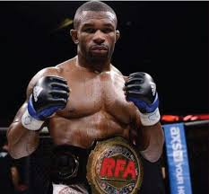 Colorado Springs' Gilbert Smith wants 1 fight to finish MMA story ...