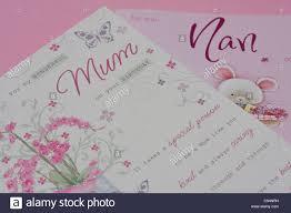 Tarjetas De Cumpleanos Para Mama Sobre Fondo De Color Rosa Y Nan