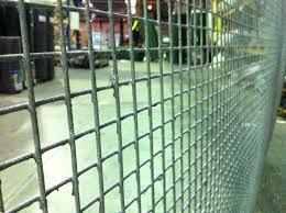 Welded Wire Mesh Panel 8ft X 4ft 1x1in Hole 12 Gauge 2 5mm Thick Wire Hot Dipped Galvanised Steel Square Mesh Amazon Co Uk Diy Tools