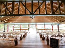 barn wedding venue pigeon forge