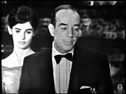 Vincente Minnelli winning the Oscar® for Directing - YouTube