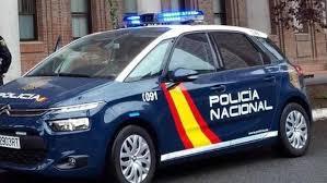 Agentes de la Policía Nacional evitan el suicidio de una mujer en ...