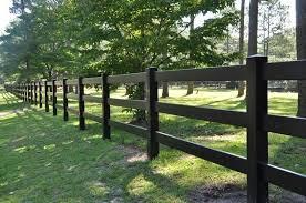 Black Split Rail 3 Rail Fence Modern Design In 2020 Post And Rail Fence Farm Fence Pvc Fence