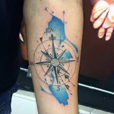 Znaczenie Tatuazu Rozy Wiatrow Znaczenie Tatuazu Blendup