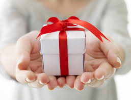 ideal 70th birthday gift ideas 31