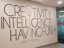 mural line art quote hitam putih inspiratif di sinarmas