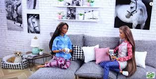 des idées de salons pour poupées barbie