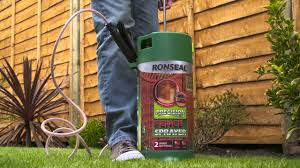 How To Quickly Paint Your Fence With Ronseal Precision Finish Fence Sprayer Youtube
