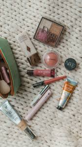 what s in my everyday makeup bag