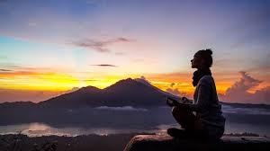 Quelle place pour la spiritualité à l'aube de 2020? | Ça s'explique |  Radio-Canada Première