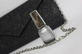 wear color crush 04 silver nail paint